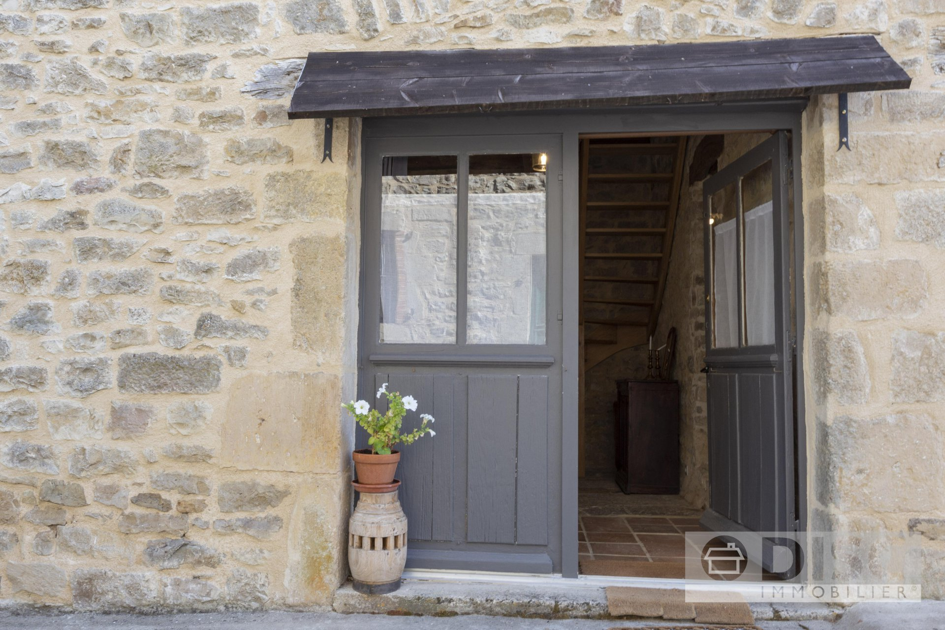 Charming renovated village house in Verfeil sur Seye (82)