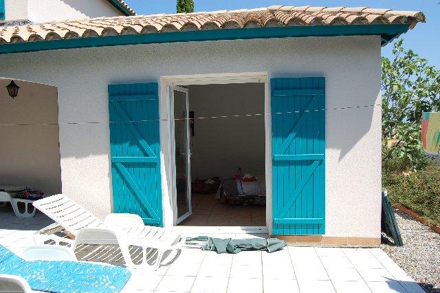 AUDE - Bordure village, jolie villa avec piscine sur 1.509 m2