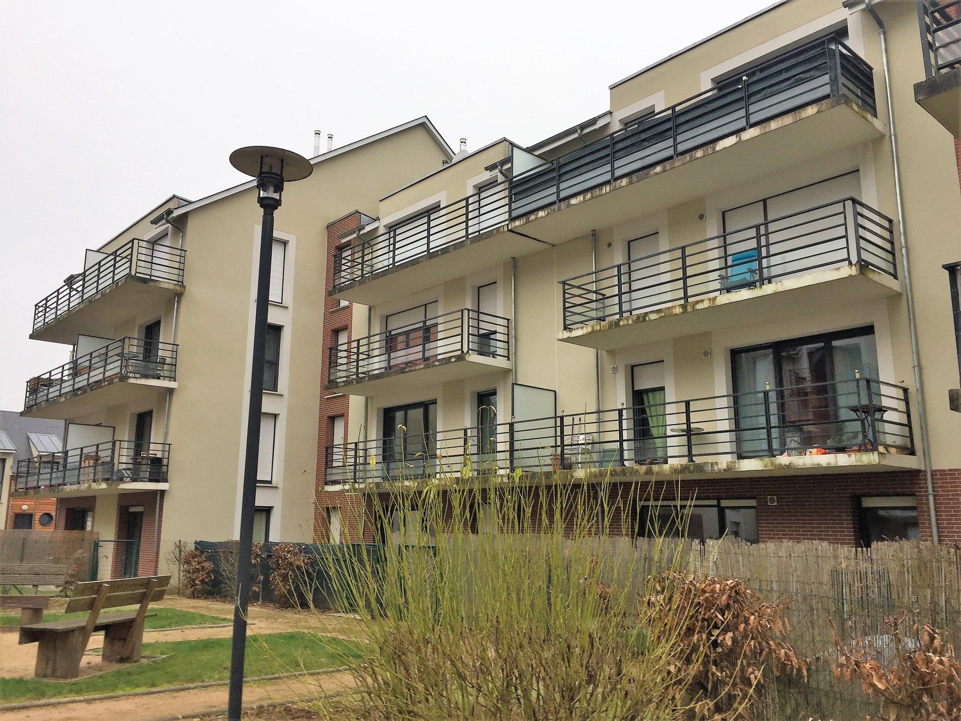 T3 à Notre-Dame-De-Bondeville  avec balcon