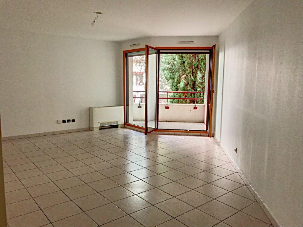 Achat Appartement Surface de 73.24 m²/ Total carrez : 73.24 m², 3 pièces, Villeurbanne (69100)