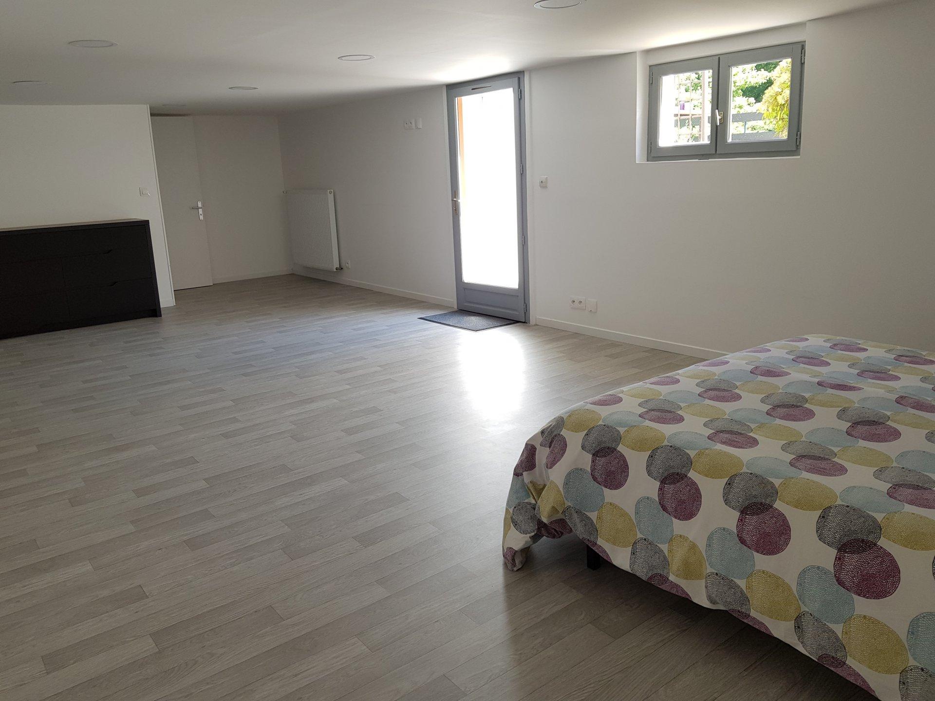 Montigny sur Loing : Maison 80 m2 avec berge sur Le Loing