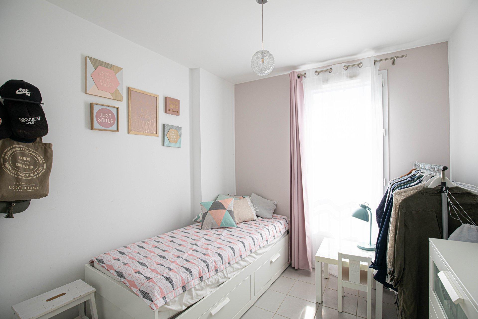 Sale Apartment - Plan-de-Cuques