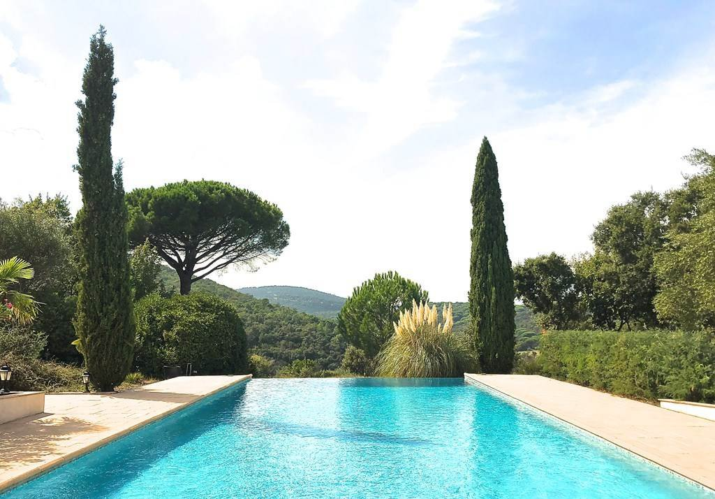 Beautiful provencale property with panoramic views