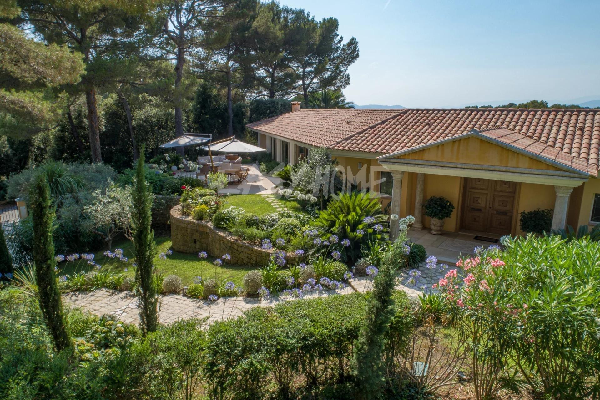 Achat/Vente villa Mougins dans domaine sécurisé