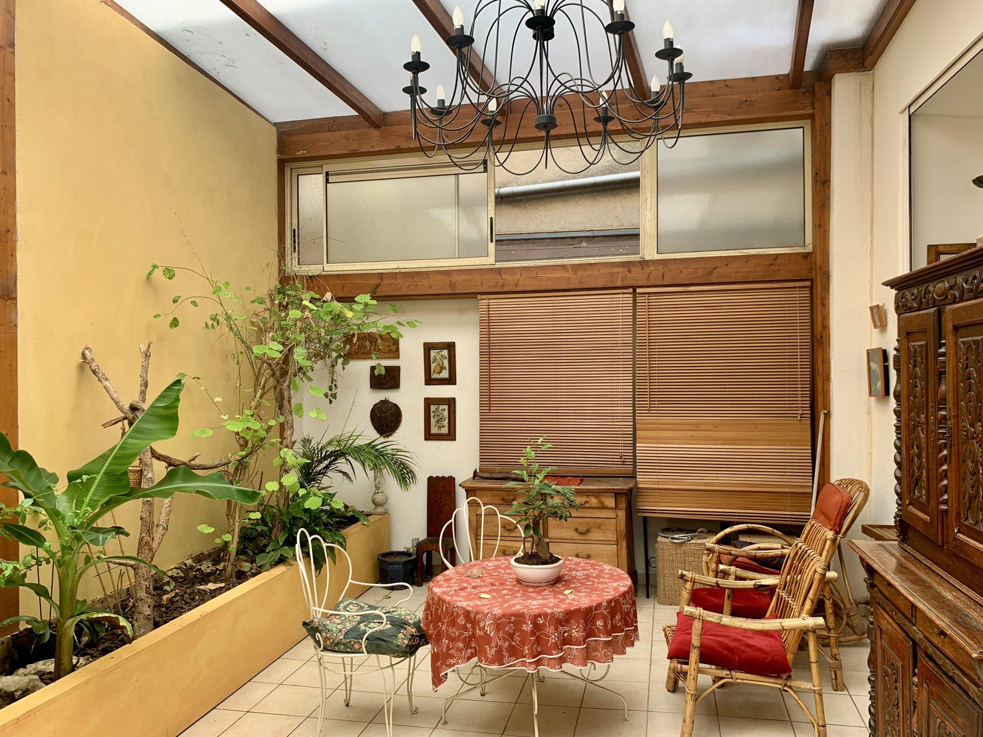 Appartement Ascenseur et Terrasse / Hotel Particulier