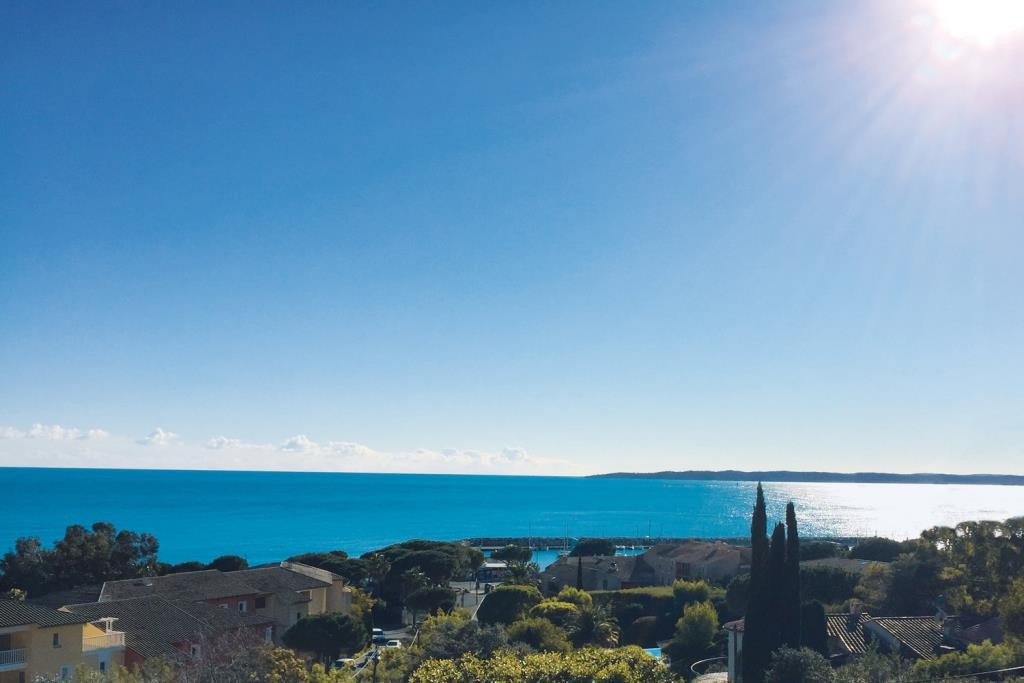 Villa in Les Issambres with amazing sea view 180°