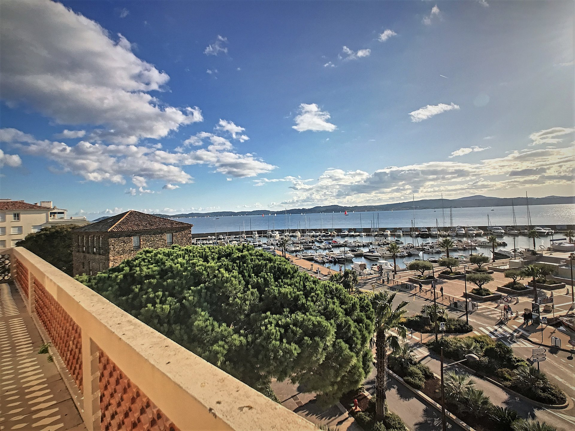 Apartment Floor top floor, View Panoramic sea, Position south west, General condition Excellent, Kitchen ...