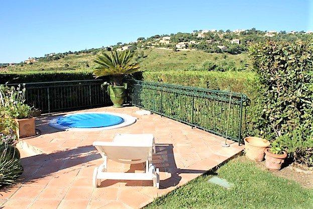 Villa avec vue mer à vendre à Sainte Maxime, domaine sécurisé