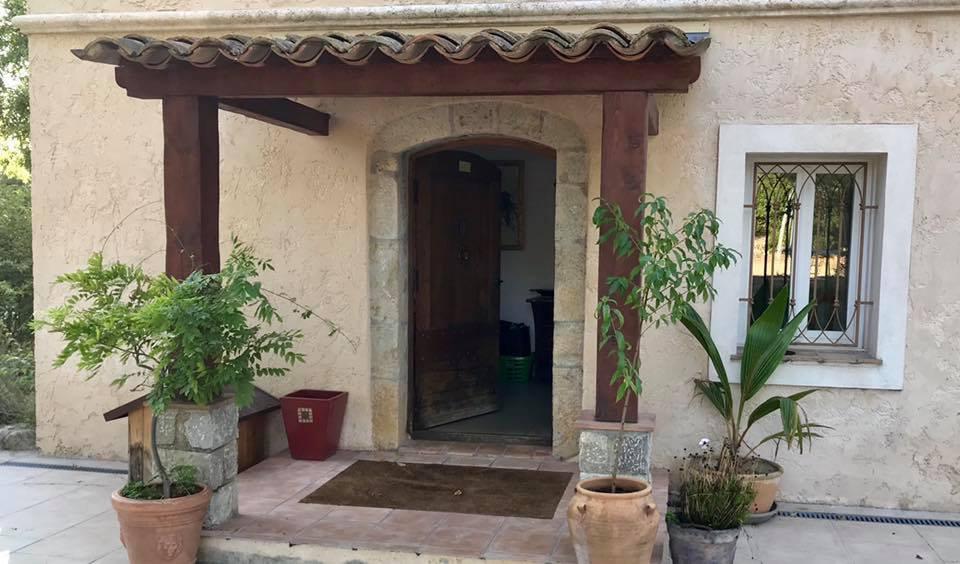 Grasse St Jacques, Villa 8P au calme avec jolie vue collines