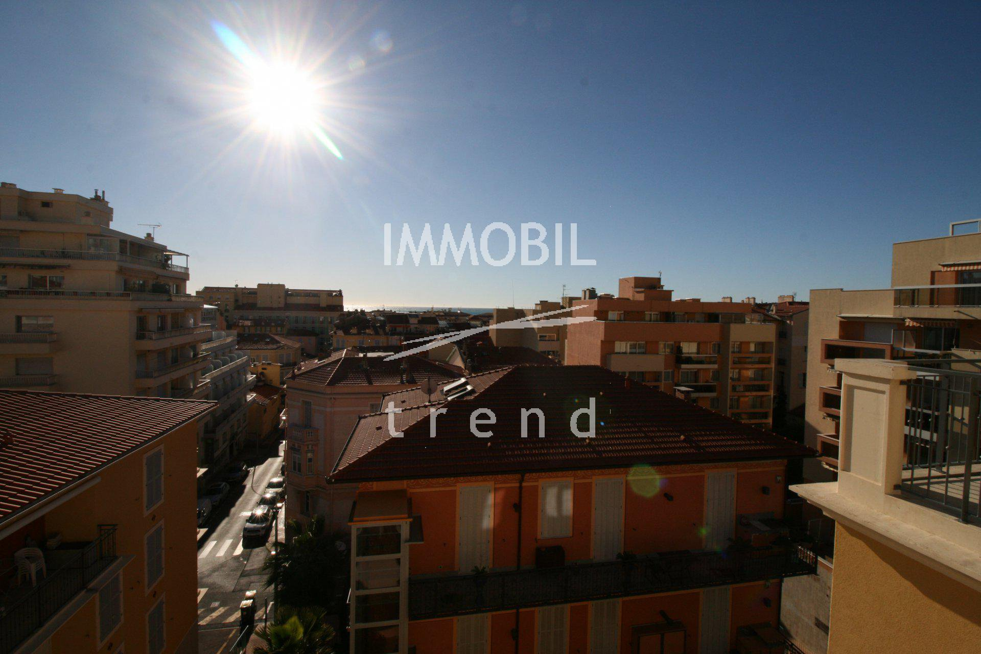 Real Estate Menton - for sale two bedroom apartment with terrace and private parking space.