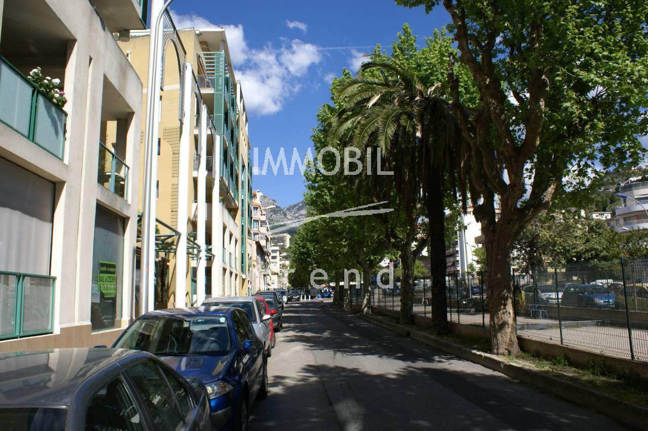 Menton Borrigo - 1 room apartment with balcony for sale.