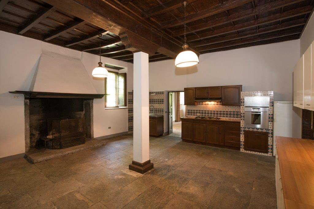 Prrestigious property for sale near Varese - kitchen with fireplace