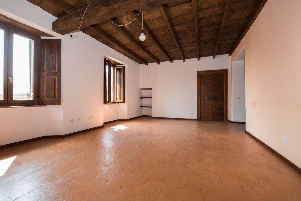 Prestigious property for sale near Varese - salon
