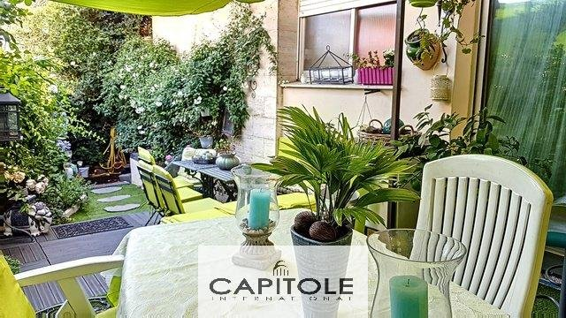 For sale, Antibes near town center, 3 bedroom garden level apartment