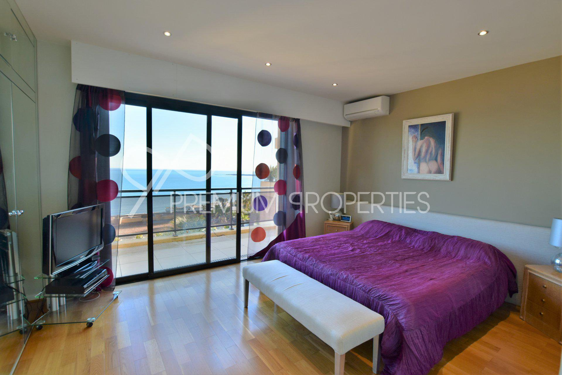 CANNES EDEN -  SOLE AGENT - EXCEPTIONAL PENTHOUSE