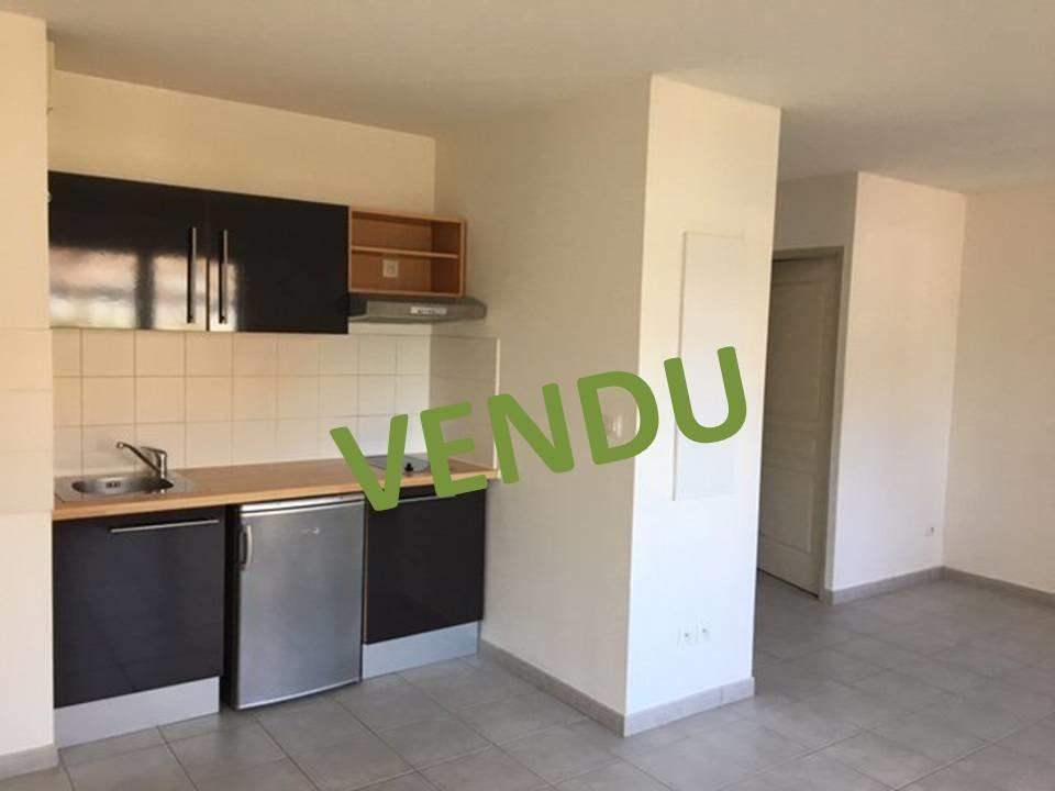 Appartement T2 de 42.08 m² env avec terrasse
