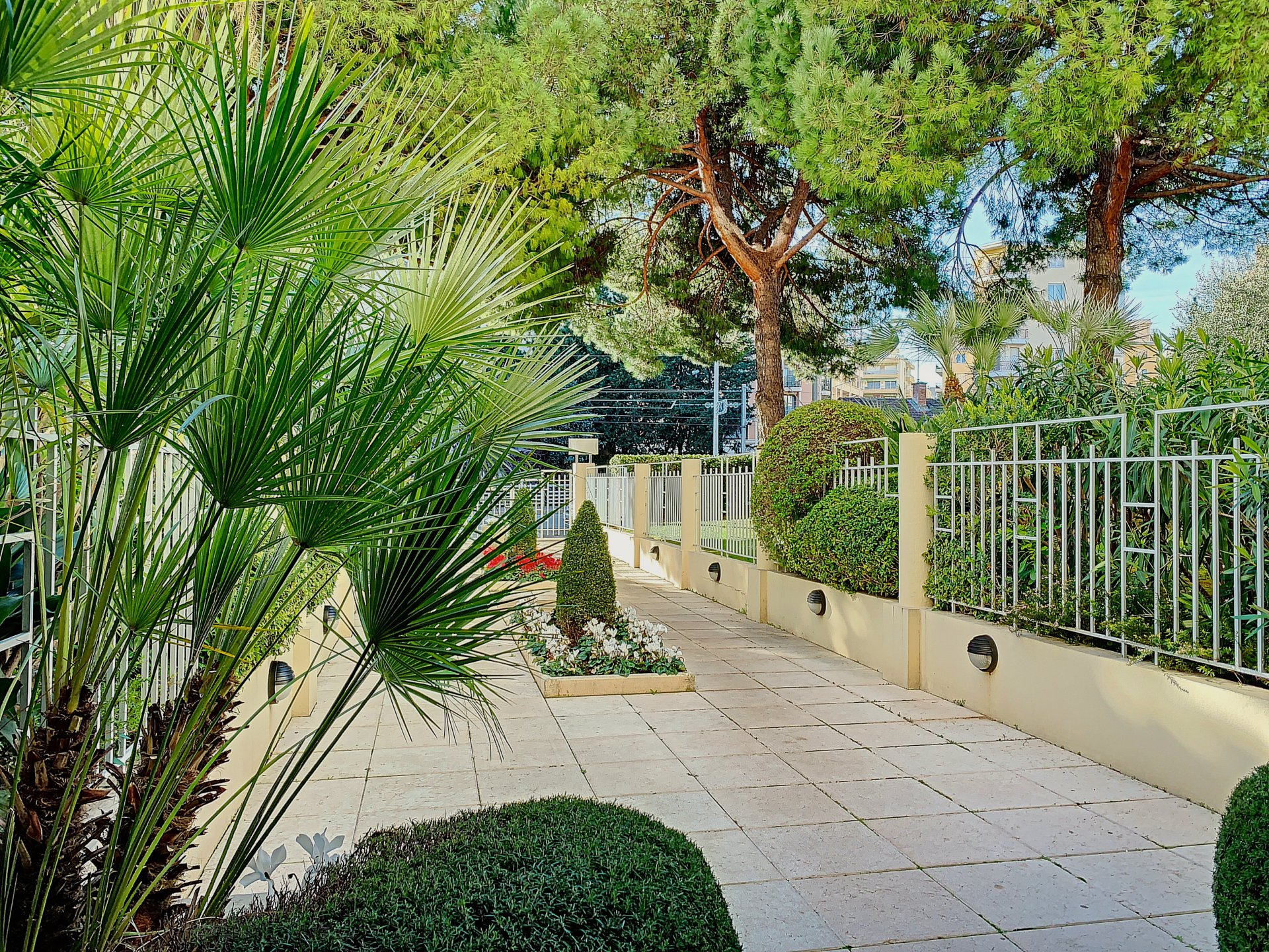 Apartment Cannes Golden Gate 300 m from the sea
