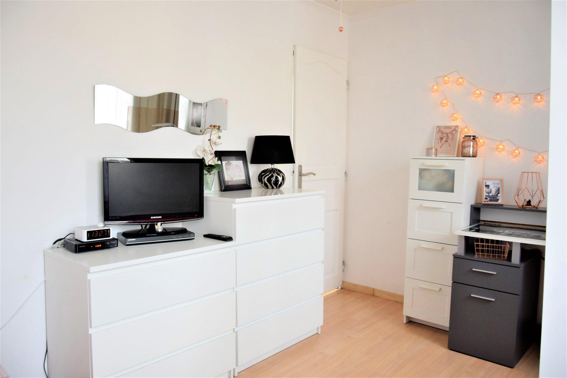 4 pièces 90 m² St Laurent du Var