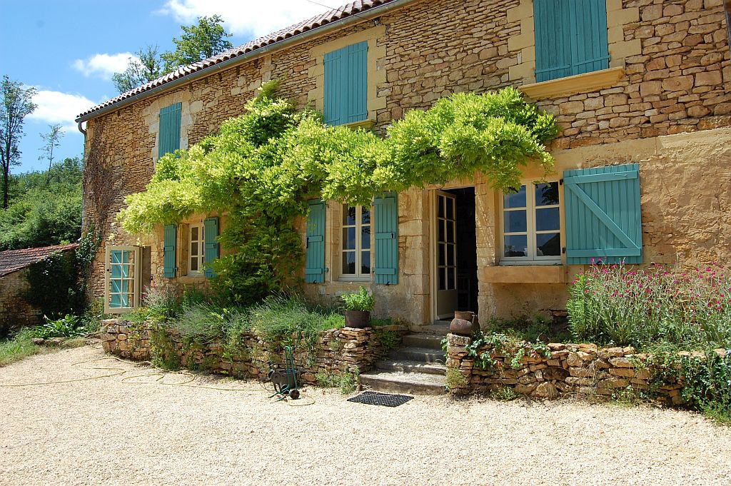 DORDOGNE - Near Les Eyzies, superb bastide with guesthouse and pool