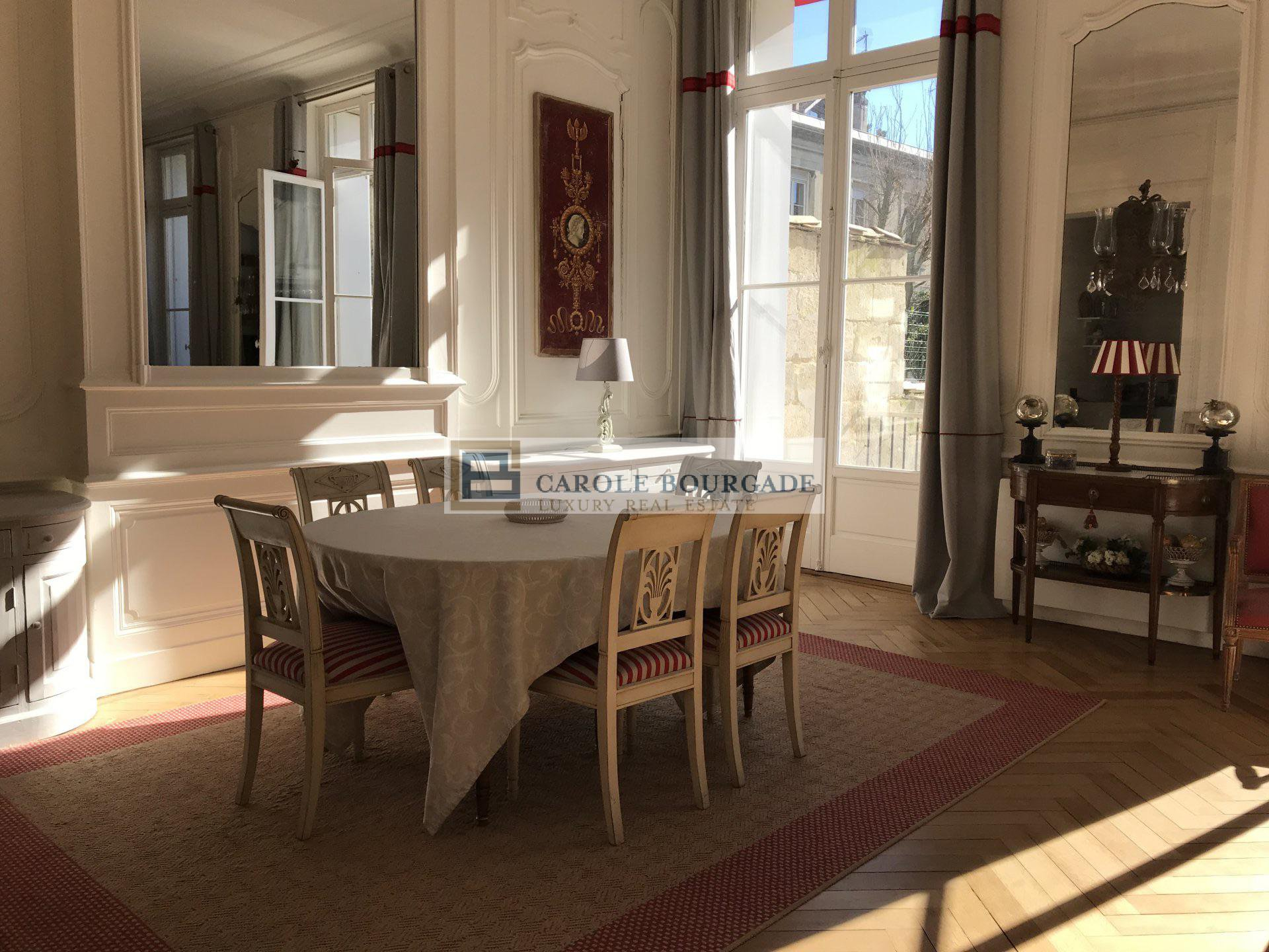 Seasonal rental Apartment - Bordeaux