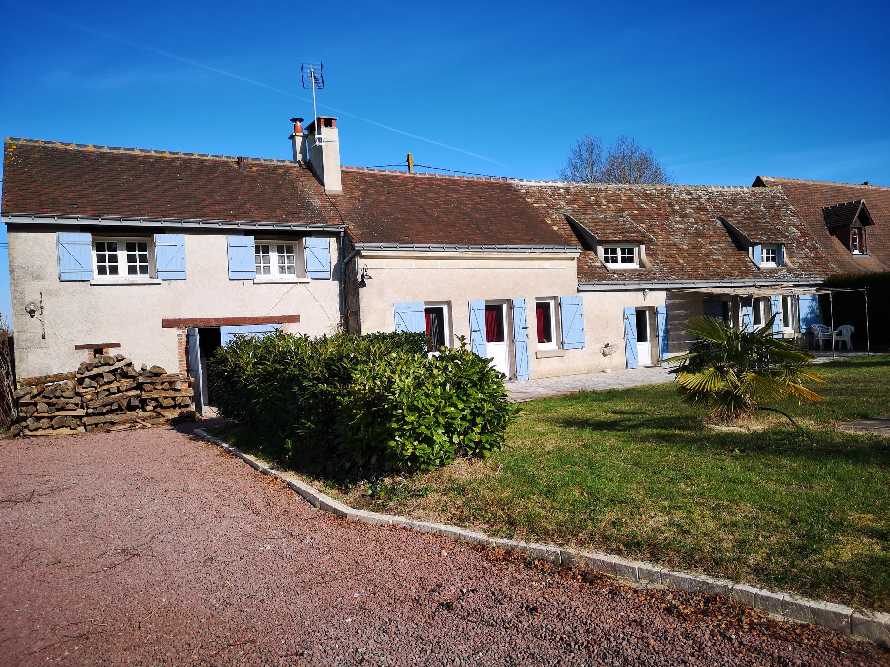 Sale House - Cléré-les-Pins