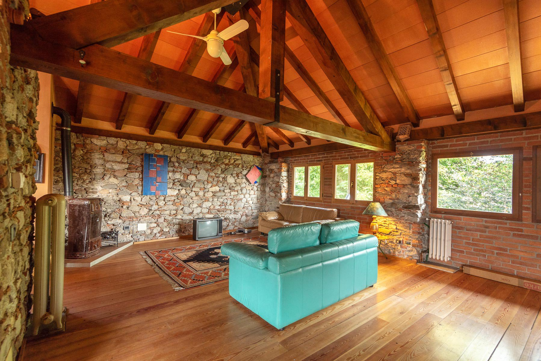 Trait house of  land for sale in Paruzzaro- living room
