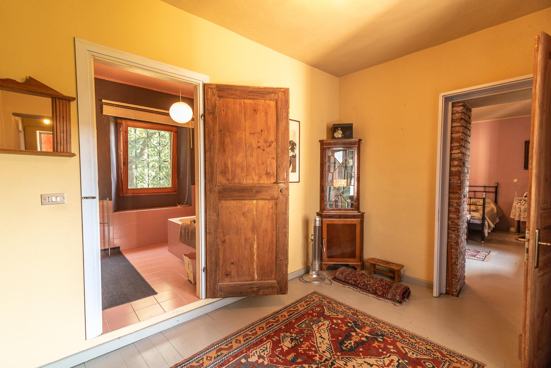 Trait house of land for sale in Paruzzaro- hallway
