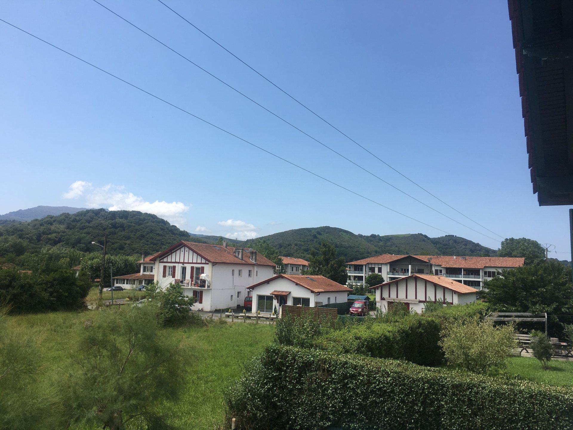 Sale Apartment - Saint-Pée-sur-Nivelle Ibarron