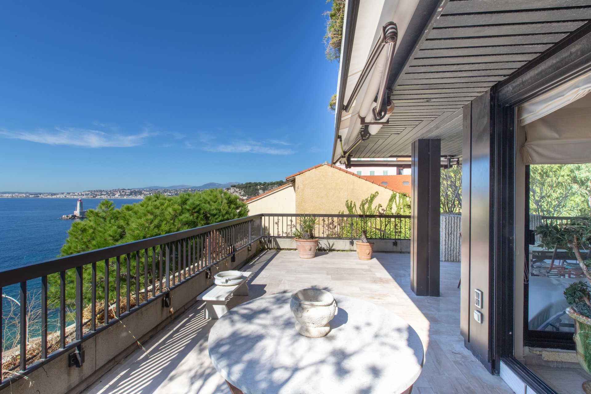 Nice Port - Exceptional 2-bed apartment with terrace and sea view