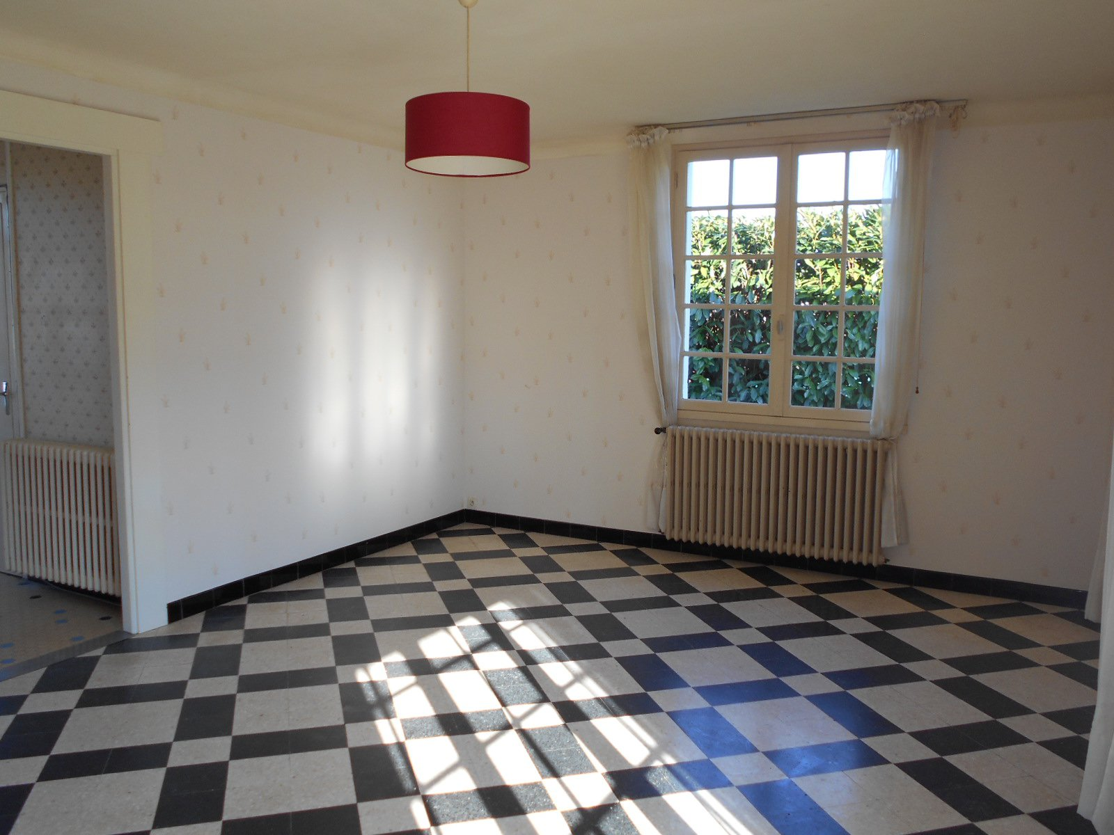 Sale House - Saint-Jean-de-Thouars