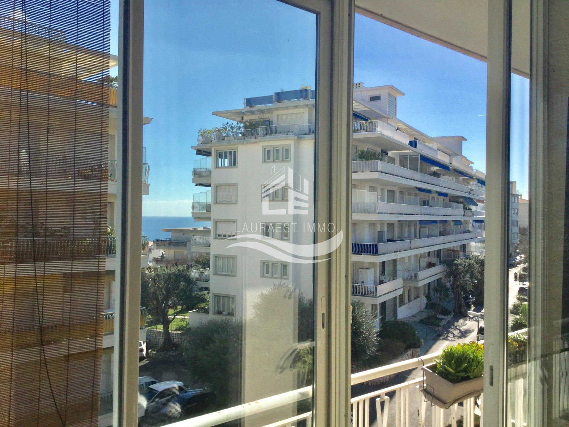 Квартира в районе Бомет с видом на море