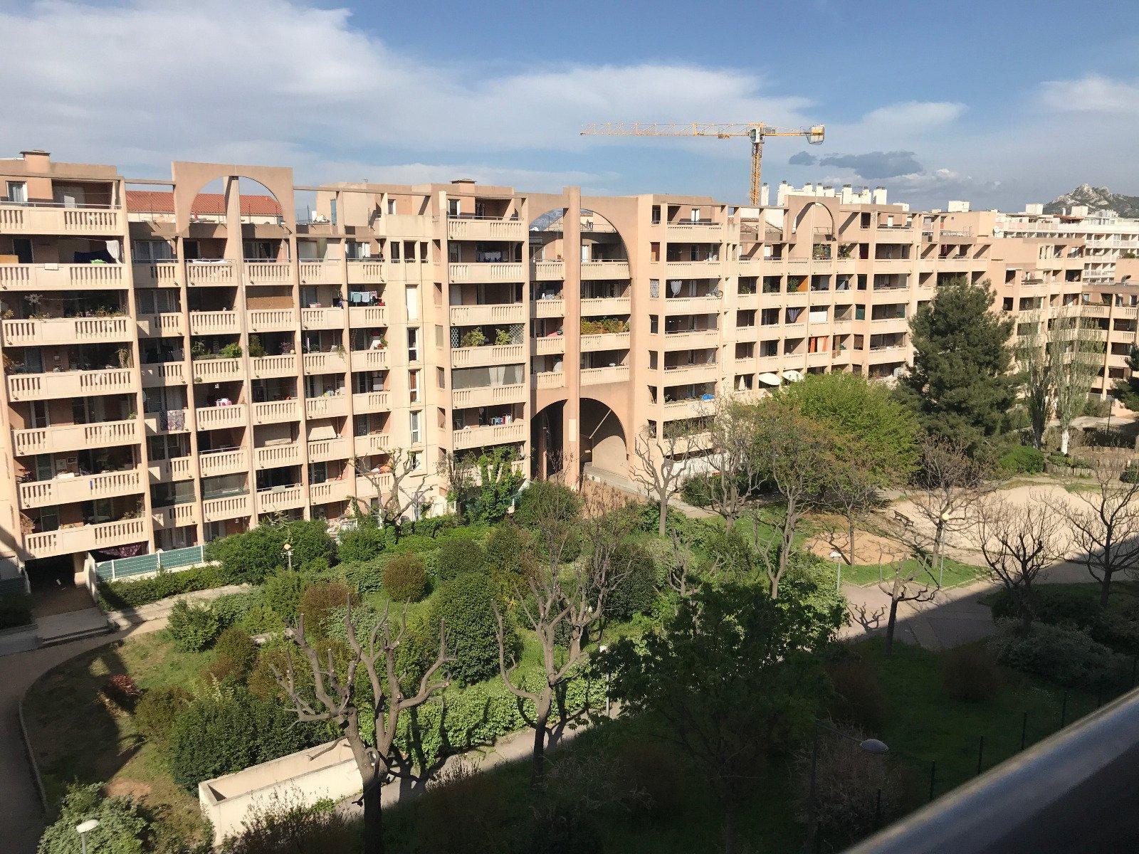Appartement de type 2 13010 Marseille