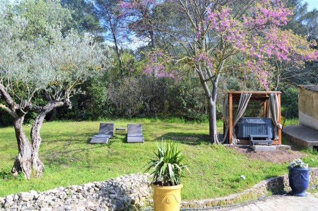 Maison piscine jacuzzi  Aix en Provence