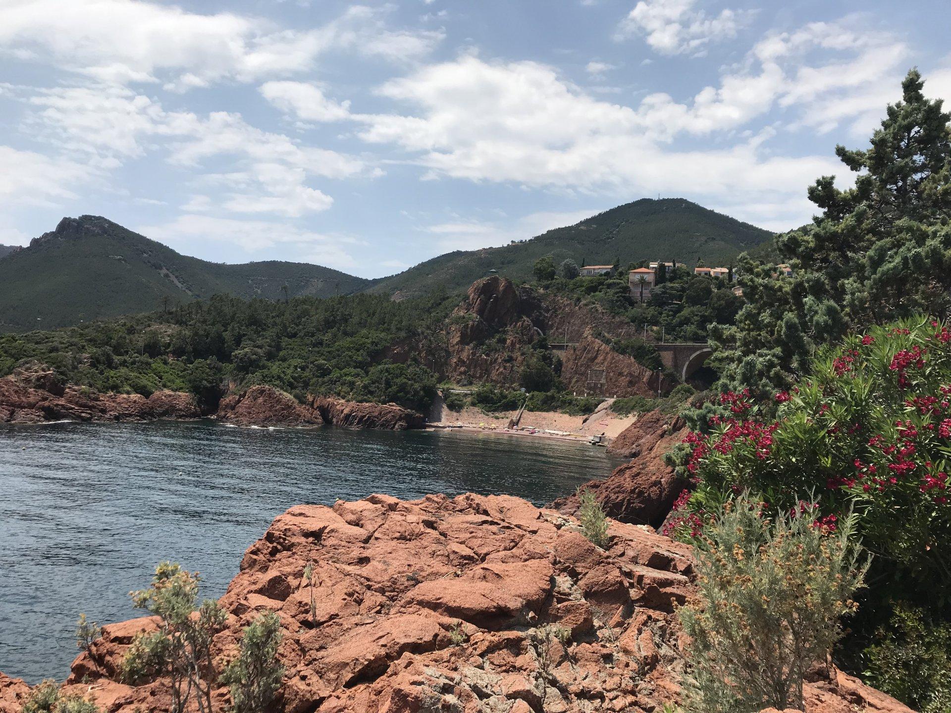 A 2 minutes en voiture, une autre plage pour vous relaxer et profiter pleinement de la nature