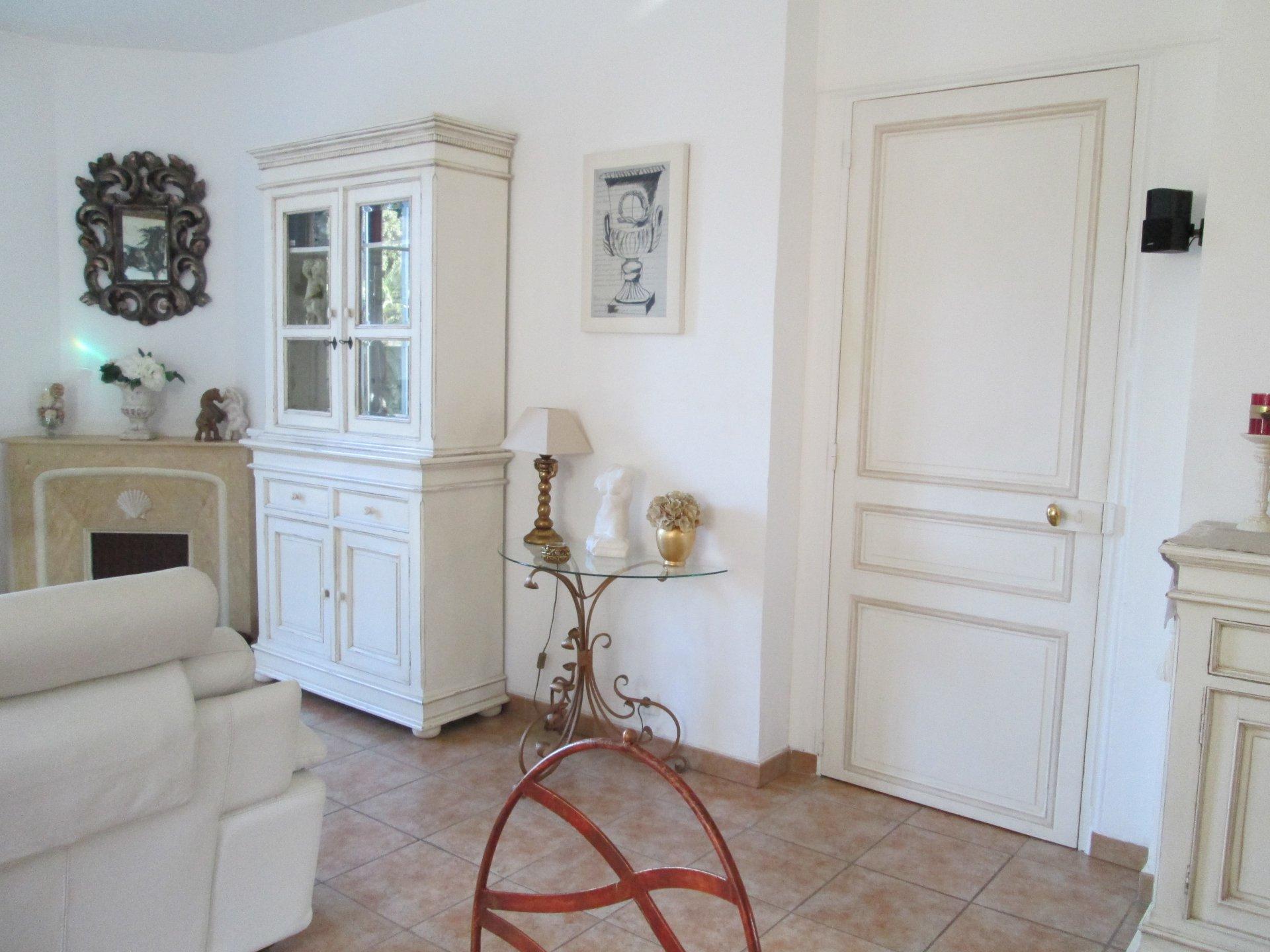 3-Zimmer-Wohnung mit Terrasse und Whirlpool