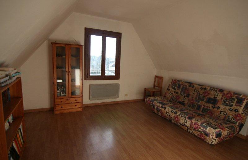 Maison 5 chambres sur sous-sol !