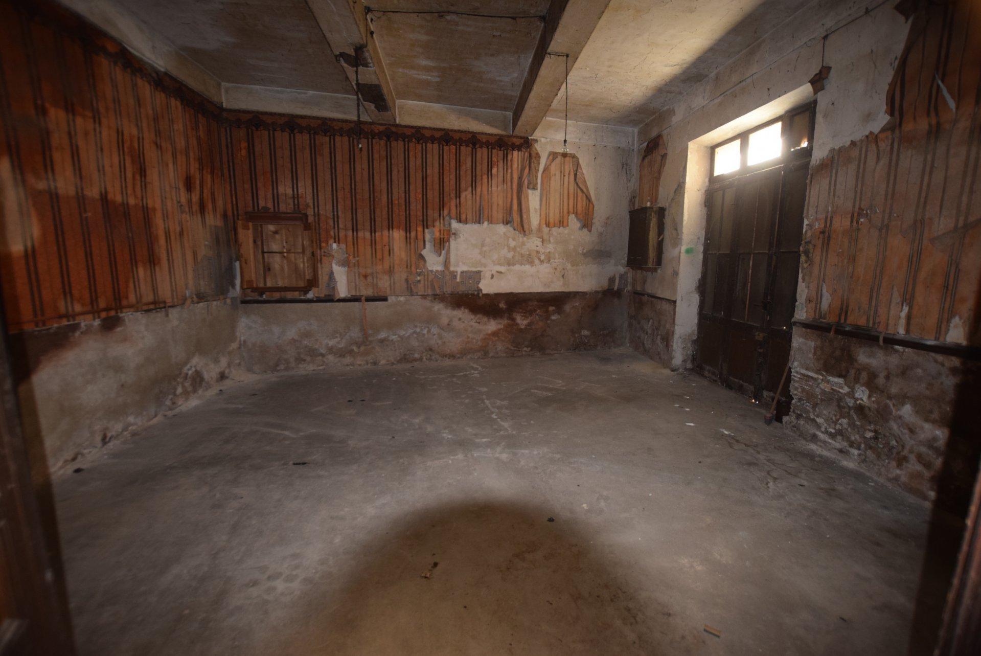 Sale Village house - Ouveillan
