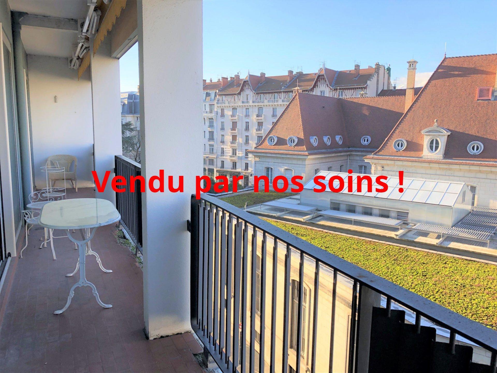 Vue par dessus les toits de la Banque de France !
