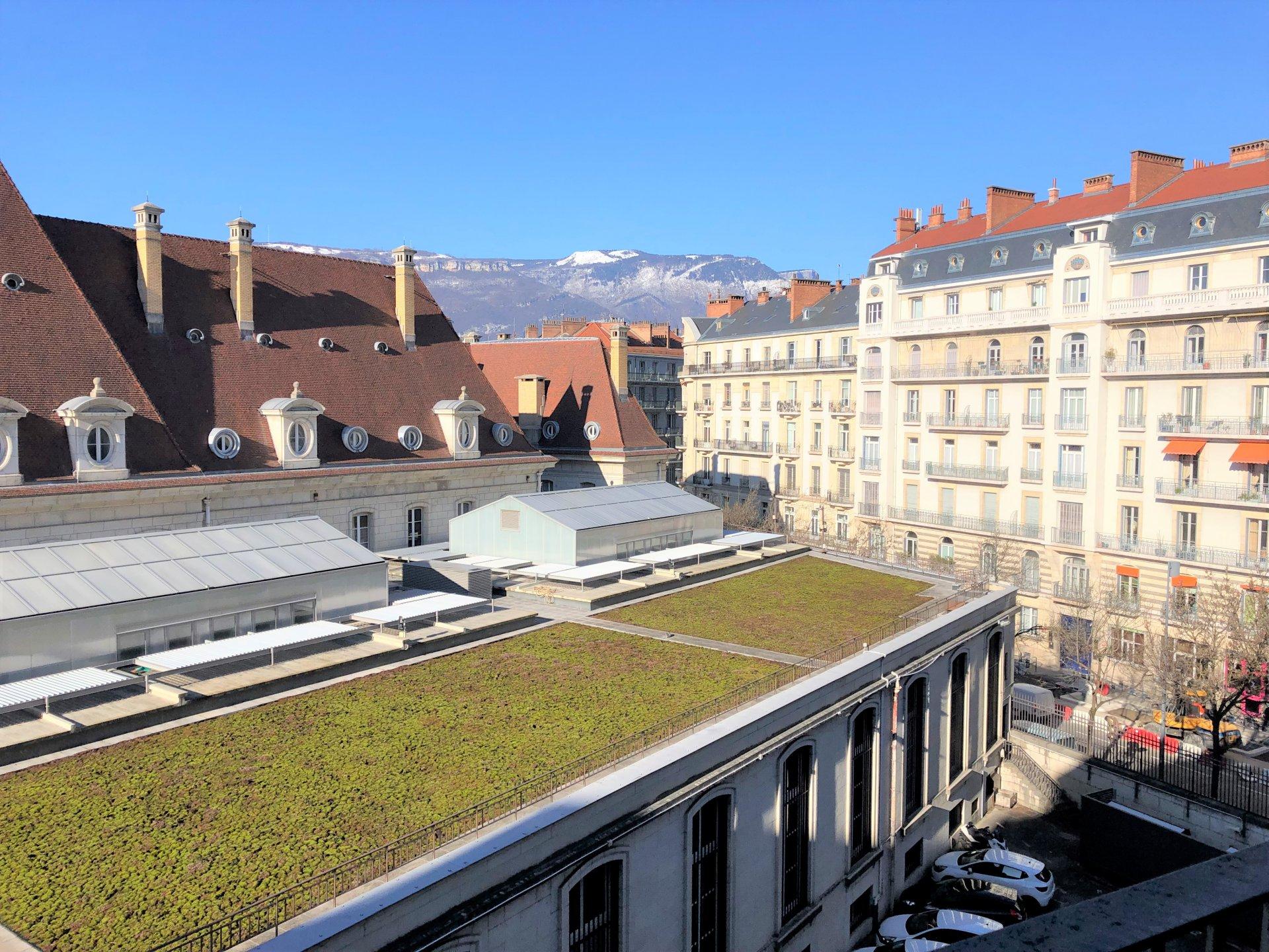 Balcon avec vue sur le Vercors