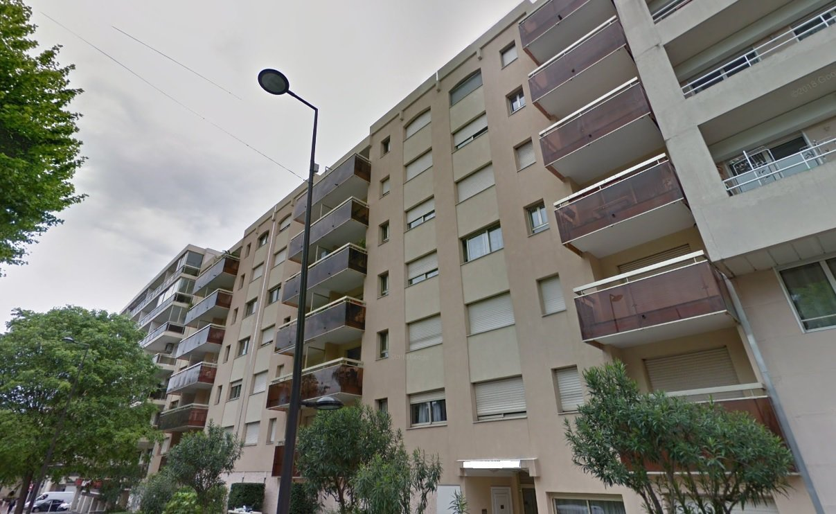 2 PIECES 37m2 + Parking à ANTIBES-JUAN-LES -PINS