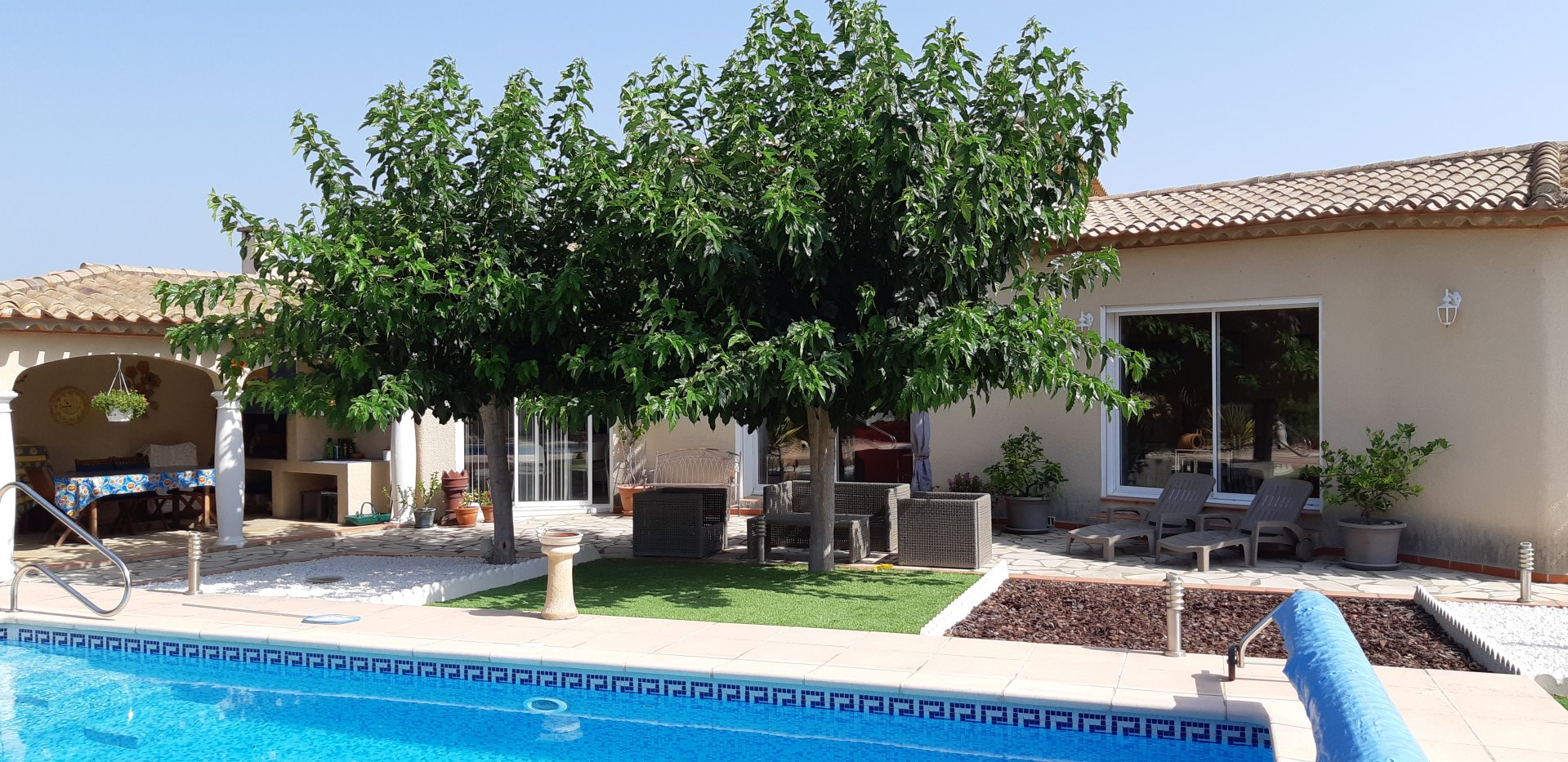 Fantastisk fin en-plansvilla villa med pool
