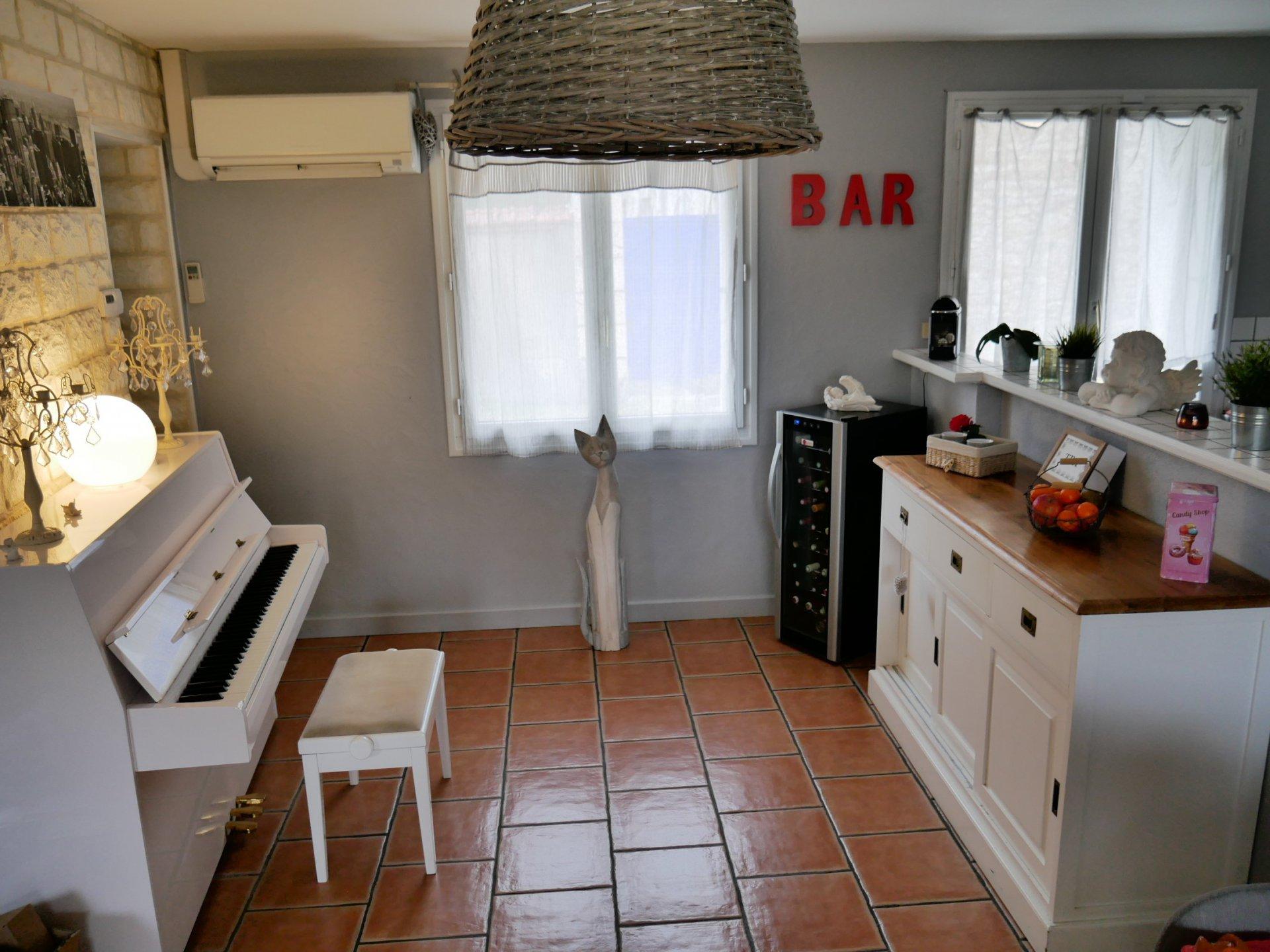 Maison de bourg entièrement rénovée - VIGNOUX-SUR-BARANGEON