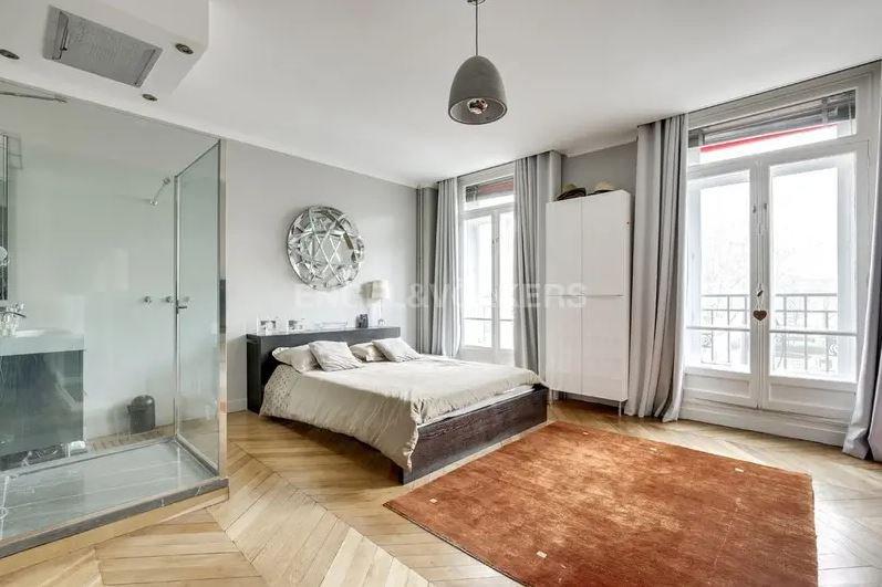 Sale Apartment - Paris 16th (Paris 16ème) Auteuil