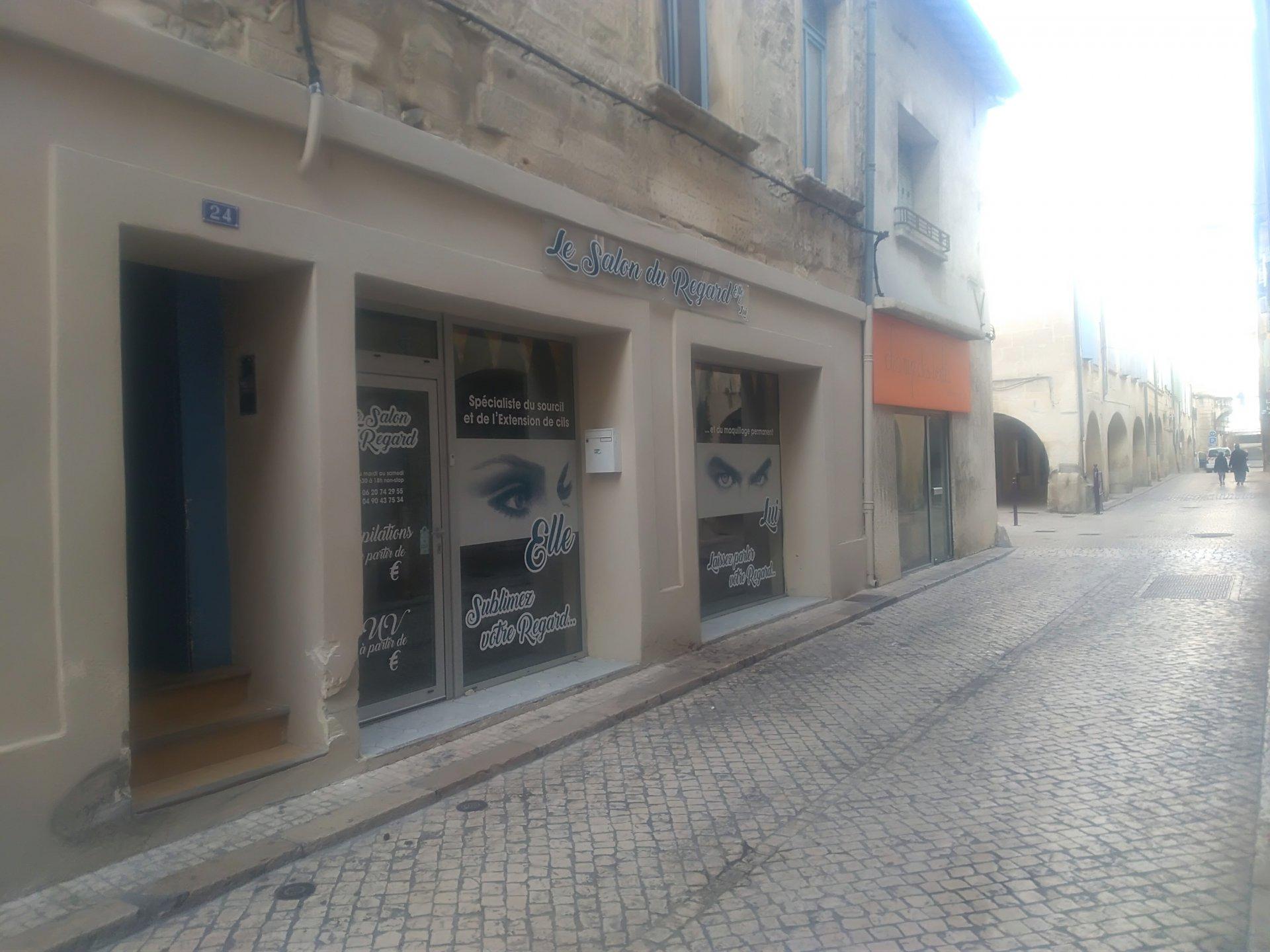 Local rue des halles