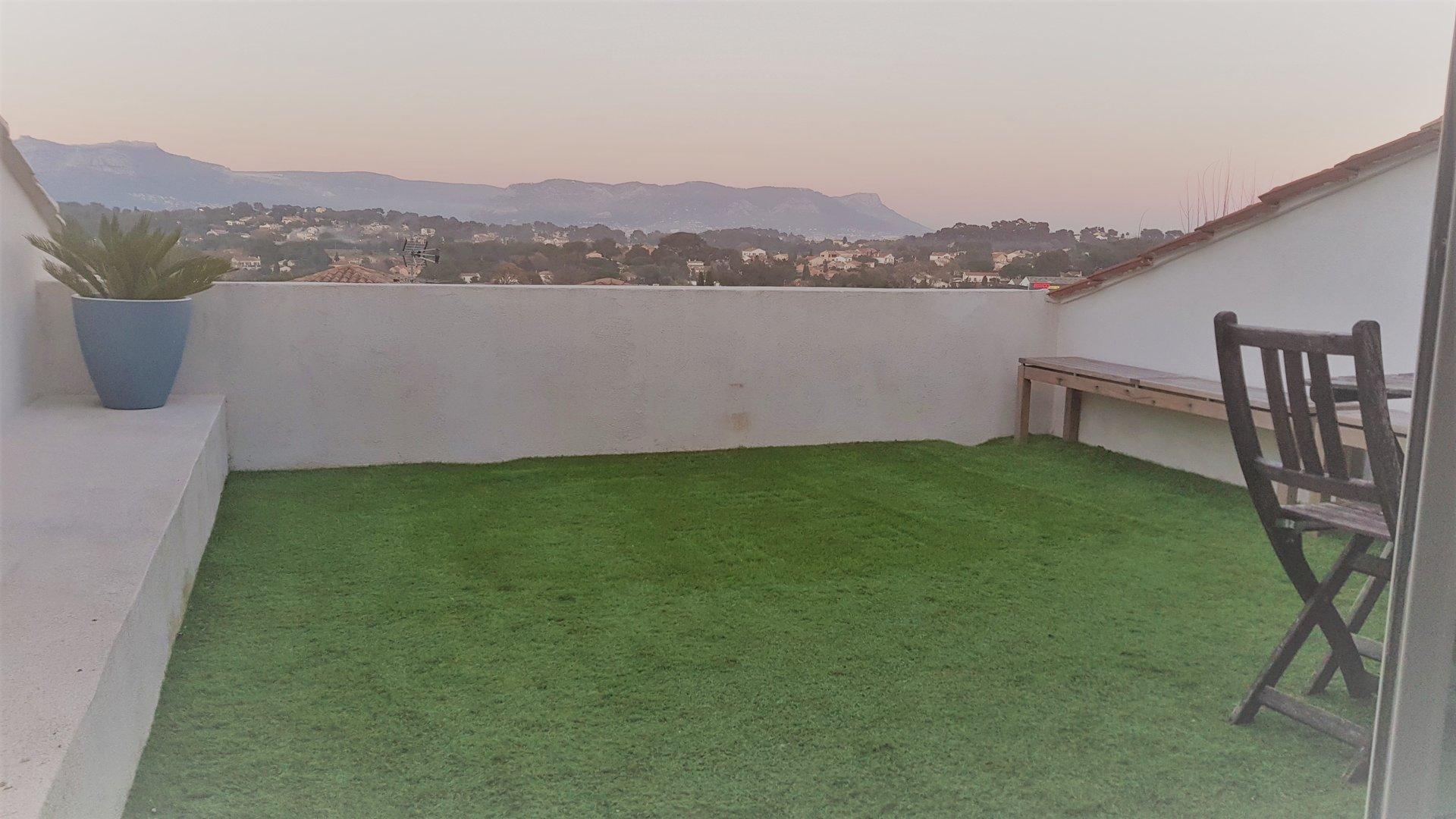 Haut de villa T6 150m²