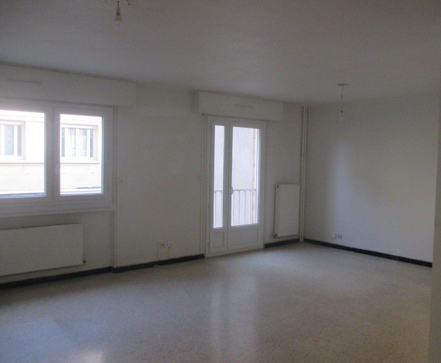 SAINT ETIENNE SUD - Appartement 4 pièces 78 m² avec balcon