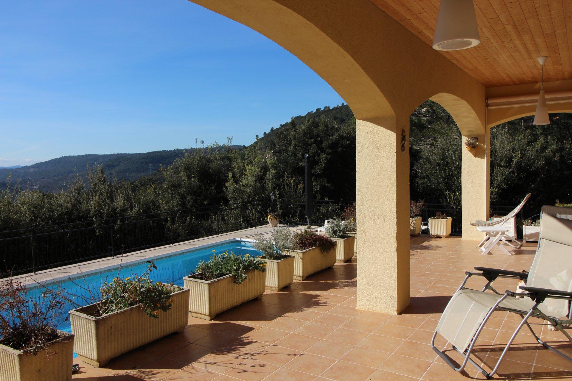 Vente belle villa 280m2 vue panoramique LAC, Le TIGNET