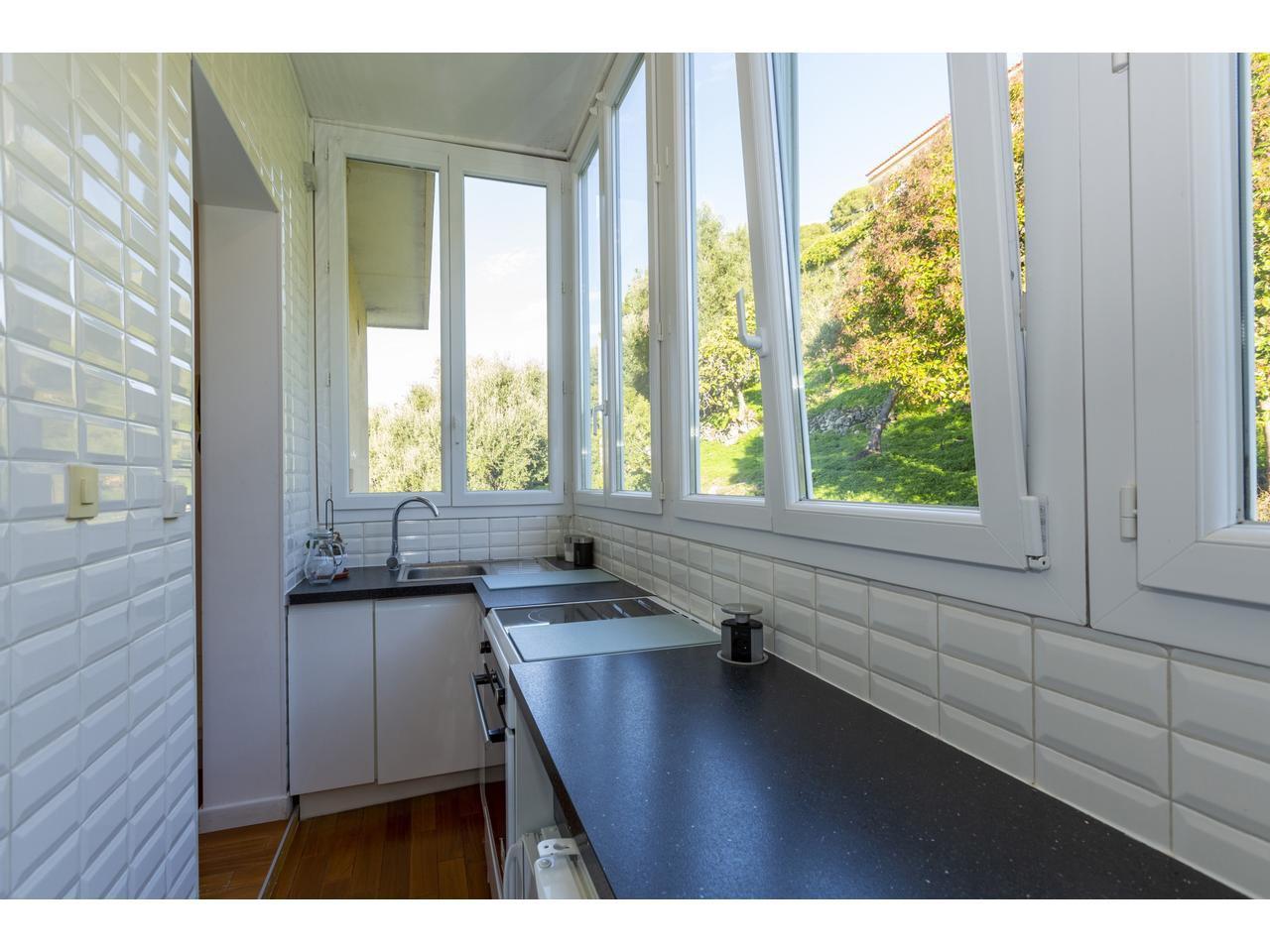 Villefranche- Beau 2 pièces vue panoramique dernier étage
