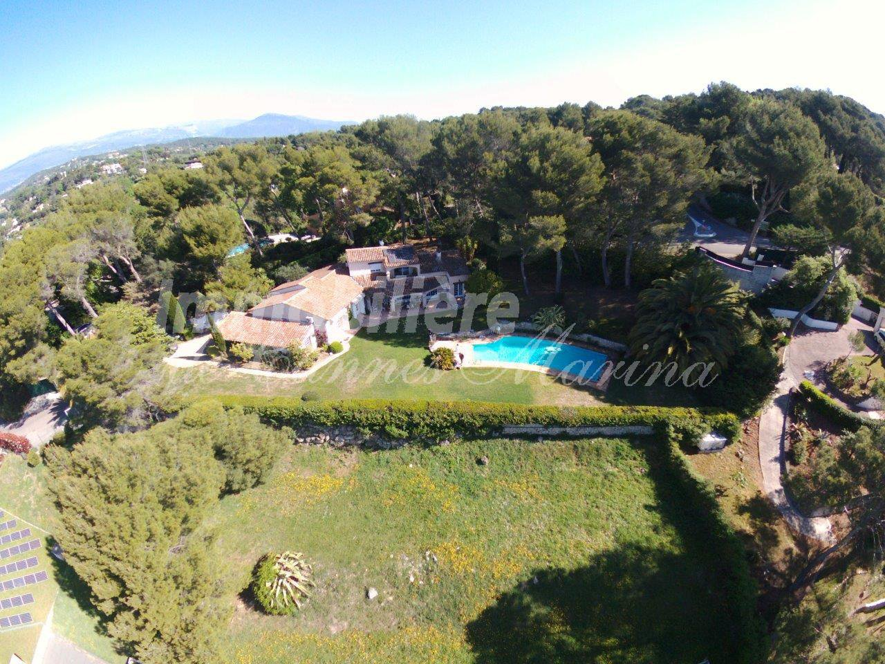 PROPERTY FOR SALE - PANORAMIC SEA VIEWS - MOUGINS Côte d'Azur.