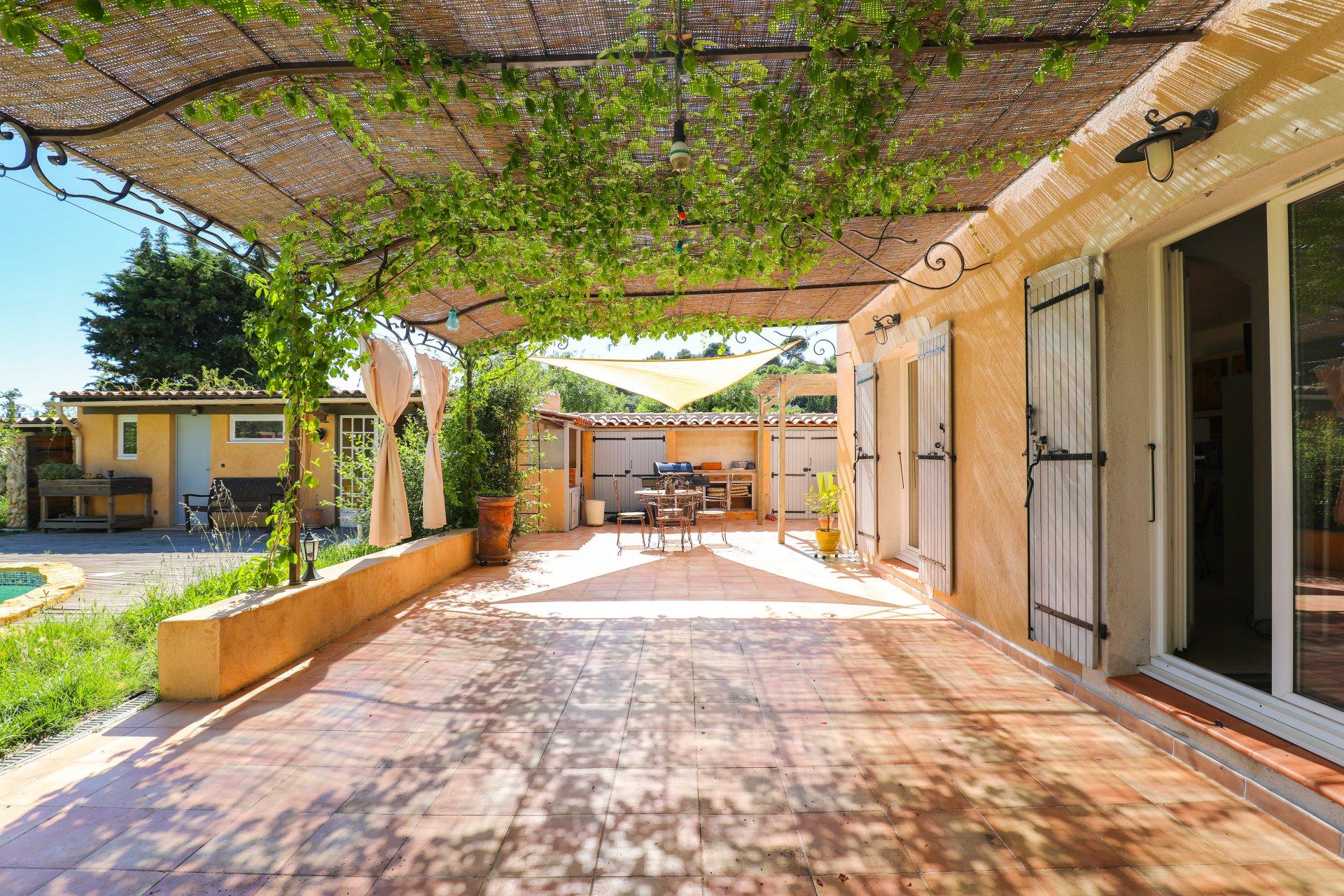 LA DÉTENTE  - Maison de type 5 avec 1000 m2 de terrain